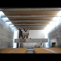 Berlin - Charlottenburg, Maria Regina Martyrum, Innenraum in Richtung Orgel