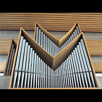 Berlin - Charlottenburg, Maria Regina Martyrum, Orgel perspektivisch