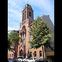 Berlin - Neukölln, Martin-Luther-Kirche, Außenansicht