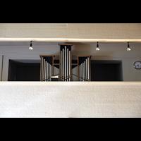 Berlin - Kreuzberg, Melanchthonkirche (Voss-Orgel), Orgelempore mit Voss-Orgel