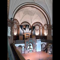 Berlin - Kreuzberg, Passionskirche, Altar mit Orgel