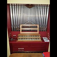 Berlin - Neukölln, Philipp-Melanchthon-Kapelle, Orgel mit Spieltisch