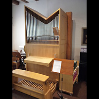 Berlin - Neukölln, Philipp-Melanchthon-Kapelle, Ehem. Walcker-Orgel mit Spieltisch