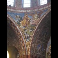 Berlin - Steglitz, Rosenkranz-Basilika, Malerei in der Vierung