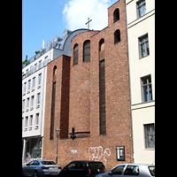 Berlin (Mitte), St. Adalbert, Außenansicht der Kirche