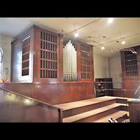 Berlin (Mitte), St. Adalbert, Orgelempore seitlich