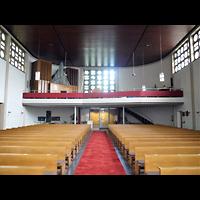 Berlin (Wedding), St. Aloysius, Innenraum in Richtung Orgel