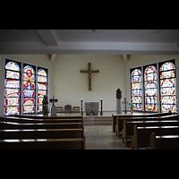 Berlin - Steglitz, St. Augustinus Kloster Lankwitz, Innenraum in Richtung Altar