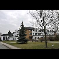 Berlin - Steglitz, St. Augustinus Kloster Lankwitz, Außenansicht der Kirche