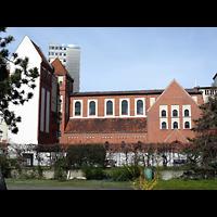 Berlin - Kreuzberg, St. Clemens Exerzitienzentrum, Außenansicht von der Seite