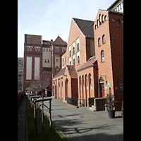 Berlin - Kreuzberg, St. Clemens Exerzitienzentrum, Außenansicht, Hofseite