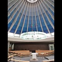 Berlin - Neukölln, St. Dominicus Gropiusstadt, Zeltförmiges Dach