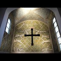 Berlin - Wilmersdorf, St. Gertrauden-Krankenhaus, Kapelle, Mosaik im Altarraum