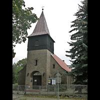 Berlin - Pankow, St. Johannes Evangelist Buchholz, Außenansicht der Kirche