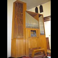 Berlin - Prenzlauer Berg, St. Josefsheim (Caritas Seniorenheim), Kirche, Orgel seitlich