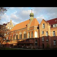 Berlin - Weißensee, St. Joseph-Krankenhaus, Kapelle (Alexianer), Außenansicht der Kirche