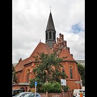 Berlin - Lichtenberg, St. Mauritius, Außenansicht der Kirche