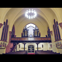 Berlin - Lichtenberg, St. Mauritius, Innenraum in Richtung Orgel