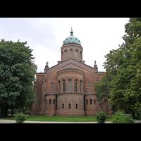 Berlin - Mitte, St. Michael, Außenansicht vom Chor