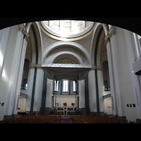 Berlin (Kreuzberg), St. Thomas (ev.) - Hauptorgel, Innenraum in Richtung Altar