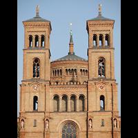 Berlin (Kreuzberg), St. Thomas (ev.) - Hauptorgel, Fassade und Vierungskuppel