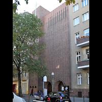 Berlin - Charlottenburg, St. Thomas von Aquin, Außenansicht der Kirche