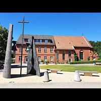Berlin - Weißensee, Stephanus-Stiftung, Friedenskirche, Außenansicht der Kirche
