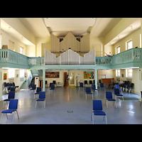 Berlin - Weißensee, Stephanus-Stiftung, Friedenskirche, Innenraum in Richtung Orgel