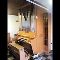Berlin - Neukölln, Tabeakirche, Orgel seitlich
