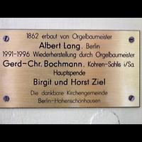 Berlin - Lichtenberg, Taborkirche Hohenschönhausen (Hauptorgel), Erbauer- und Stifter-Schild