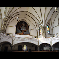Berlin (Charlottenburg), Trinitatiskirche, Innenraum in Richtung Orgel