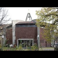 Berlin - Wilmersdorf, Vater-Unser-Kirche, Außenansicht der Kirche