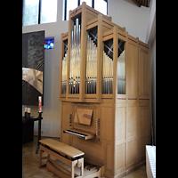 Berlin - Marzahn, Ev.-meth. Versöhnungskirche / Ev. Gemeindezentrum Biesdorf, Orgel seitlich